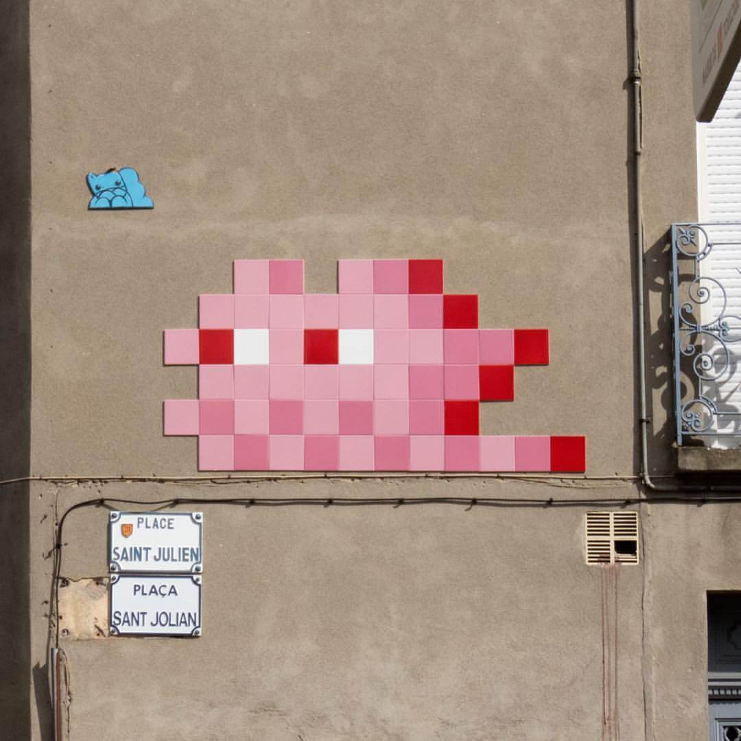 space invader s pink invasion toulouse france 2016 space invader s pink invasion toulouse france 2016 graffitistreet com news