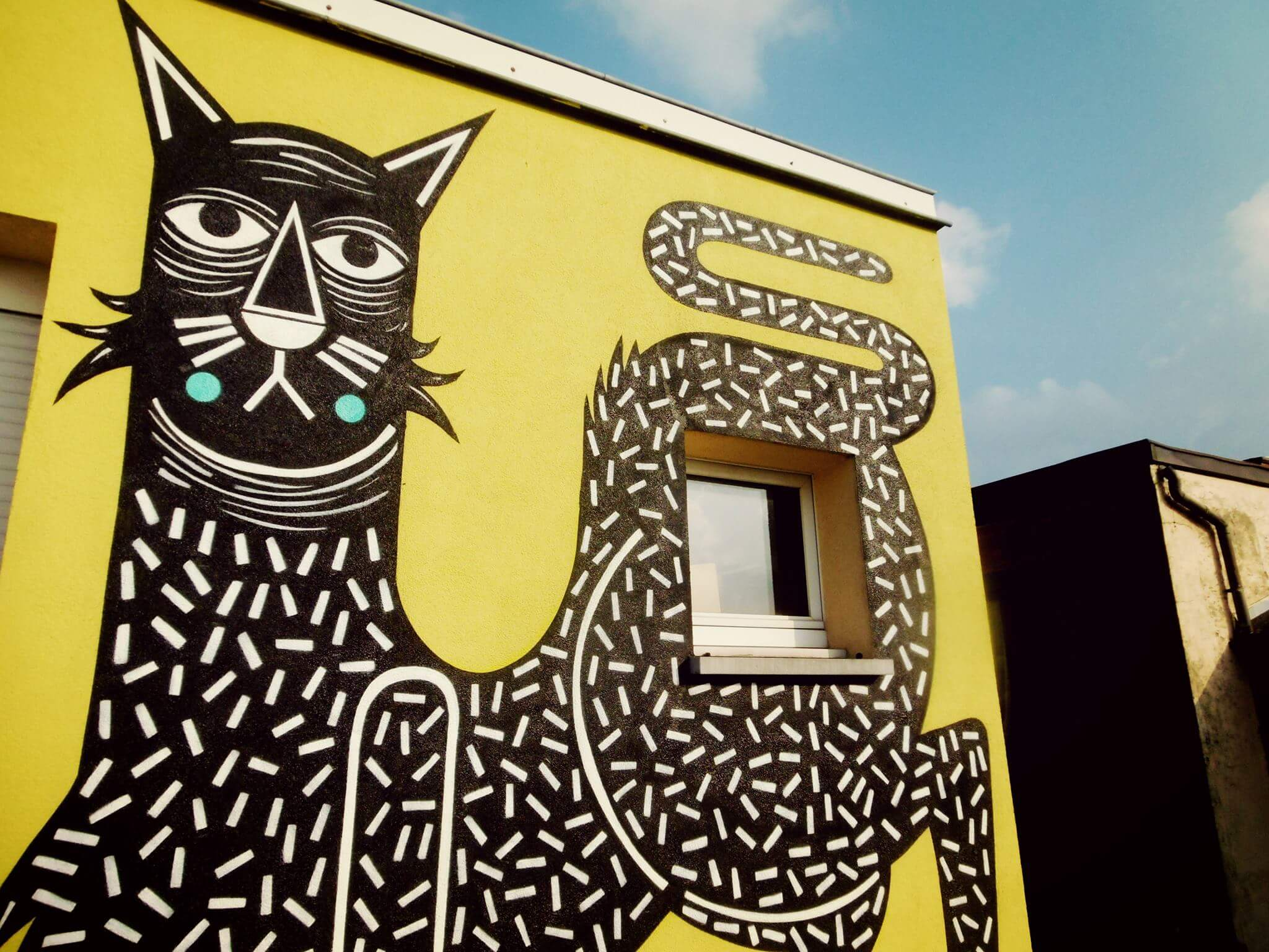 Street Artist Joachim is Out on the Prowl in Lier, Belgium 2017