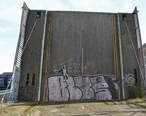 Banksy, Draw the Raised Bridge, Scott Street Bridge, Hull, UK 2018. Photo Credit Banksy
