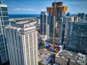 MadC, 1000m Street Art Mural, Chicago 2018. Photo Credit Jayson de Leon